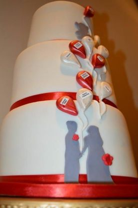 rose's balloon wedding cake