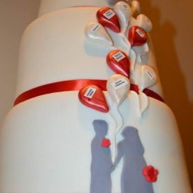 rose's balloon wedding cake